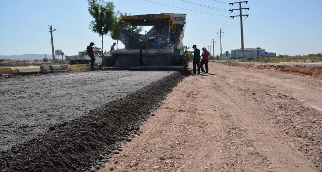 Aksaray Belediyesi asfalt çalışmalarına devam ediyor