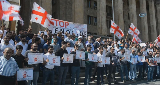 Gürcistan'da Myanmar için protesto gösterisi düzenlendi