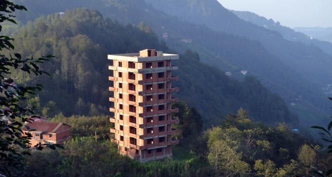 Trabzonda sosyal medyada gündem olan 9 katlı binada gerçek ortaya çıktı