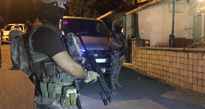Ümraniye'de helikopter destekli uyuşturucu operasyonu