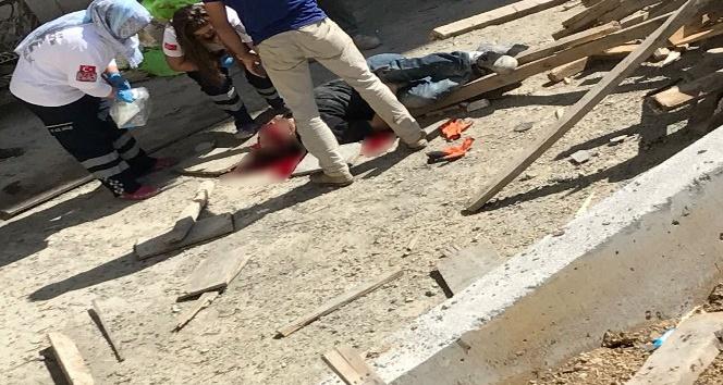 (Özel haber) Suriyeli inşaat işçisi iskelesi olmayan inşaatın 7'inci katından beton zemine düştü