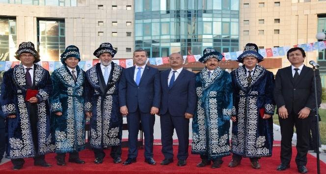 Ahmet Yesevi Üniversitesi'nde 2017-2018 Akademik yılı açılışı yapıldı