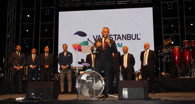 Perakende sektörü temsilcileri, İstanbulda AVM açılışında buluştu