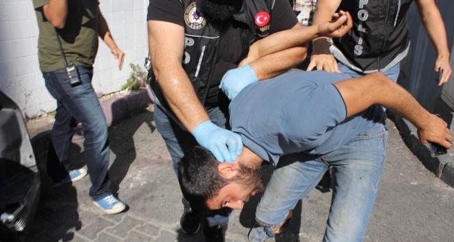 """İstanbulda """"helikopter destekli"""" narkotik uygulaması"""