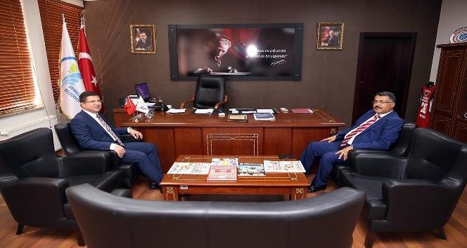 Subaşıoğlu, Başsavcısı Yılmaz'a projelerini anlattı