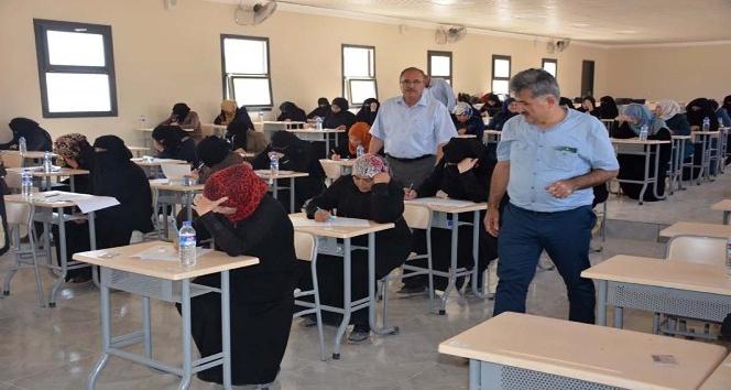 Fırat Kalkanı Bölgesinde bulunan öğretmenlere eğitici eğitimi sınavı yapıldı
