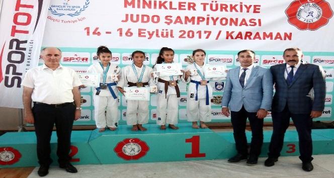 Minikler Türkiye Judo Şampiyonası başladı