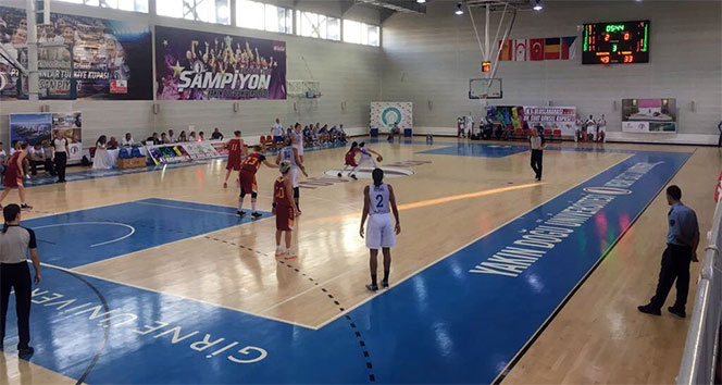 Avenida: 65 - Galatasaray: 52