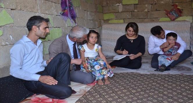 Barakada yaşayan Taş ailesine destek sözü