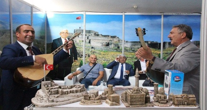 Başkan Karaçanta KAI tanıtım günlerinde