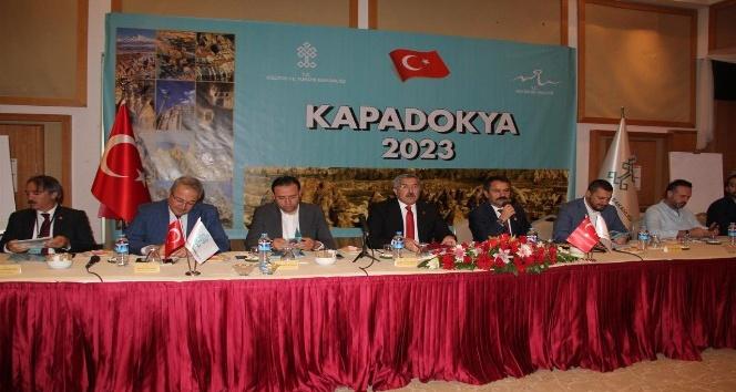 Türkiye 2023'te 50 milyon turist ve 50 milyar dolar gelir bekliyor