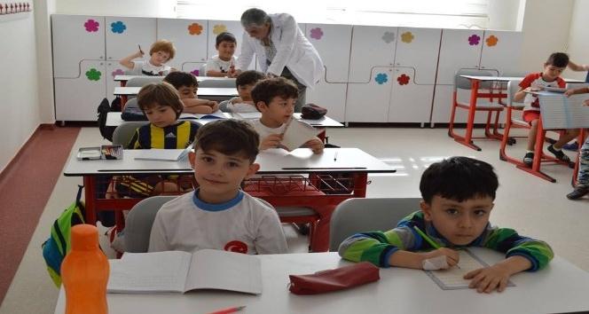 Yozgat Çözüm Koleji'nde 'okula uyum eğitimi' verildi.