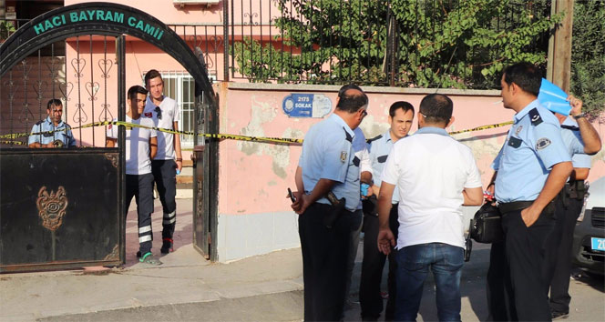 Tuvalette uyuşturucu kullanan genç ölü bulundu