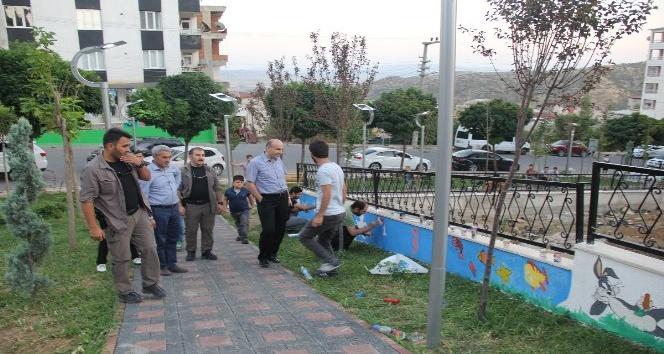 Başkan Dülgeroğlu çocuk parkı çalışmalarını inceledi