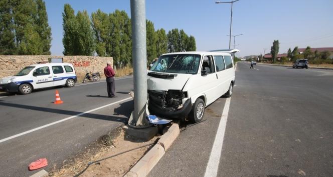 Konyada düğün yolunda kaza: 5 yaralı