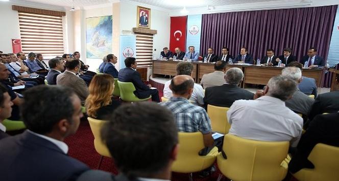 Bayburt'ta okul müdürleri toplantısı düzenlendi