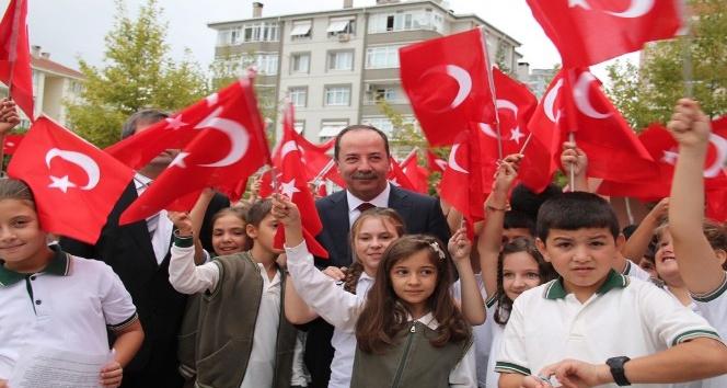 """Edirne Belediye Başkanı Gürkan: """"Atatürk ilkeleri ışığınız, yolunuz aydınlık olsun"""""""