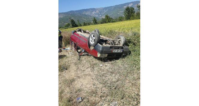 Kargı'da otomobil takla attı: 3 yaralı