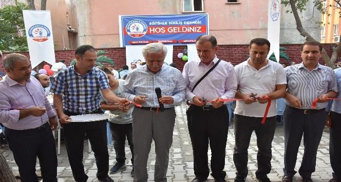Kahta'da Diriliş Kitap Kafe açıldı