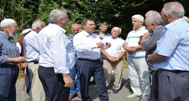 Başkan Uysal mahalleleri gezip vatandaşlarla sohbet etti