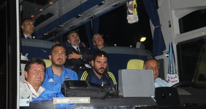 Fenerbahçe Alanya Havalimanına indi