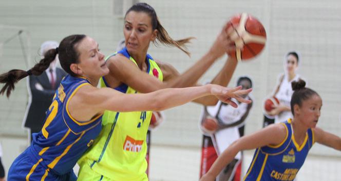 Uluslararası Dr. Suat Günsel Basketbol Turnuvası: USK Prag 82 Castors Braine: 77