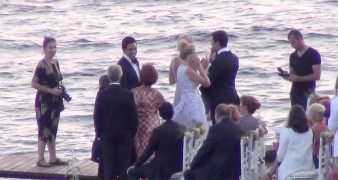 Coca Colanın CEOsu Muhtar Kent kızını evlendirdi