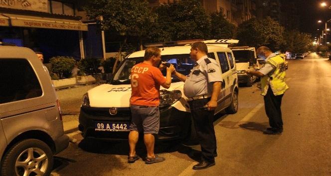 Polisler sürücüyü alkol, sürücü polisleri sabır testinden geçirdi