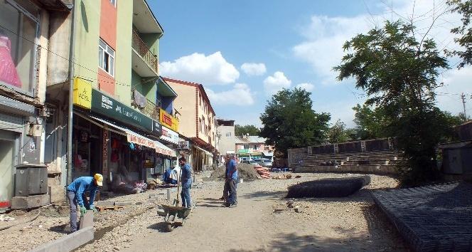 Malazgirt'te 15 Temmuz Parkı yenileniyor