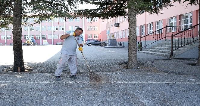 Sincan Belediyesi, okulları öğrenciler için hazırladı