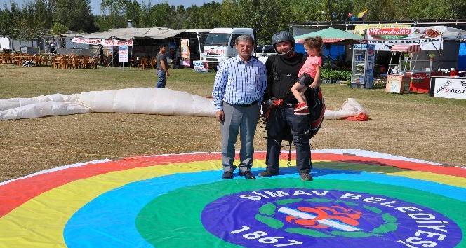 Simav'da ilk termal yamaç paraşütü festivali
