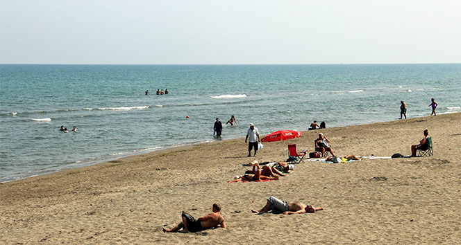 Samsunlular, plajlara akın etti
