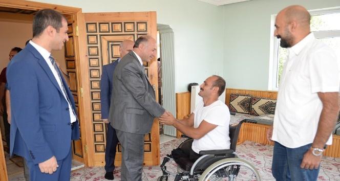 Vali Azizoğlu Şehit Ailelerini ve Gazileri Unutmuyor