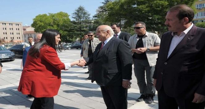 Çalışma ve Sosyal Güvenlik Bakanı Jülide Sarıeroğlu Eskişehir'de