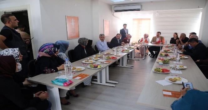 """Bakan Tüfenkci: """"Kadınlarımızın çalışma koşullarını iyileştirmek zorundayız"""""""