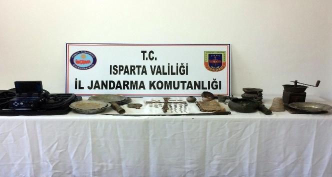 Isparta'da tarihi eser kaçakçılığı operasyonu: 2 gözaltı