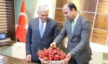 Şanlıurfa Belediye Başkanından Başbakan Yıldırım'a acı hediye