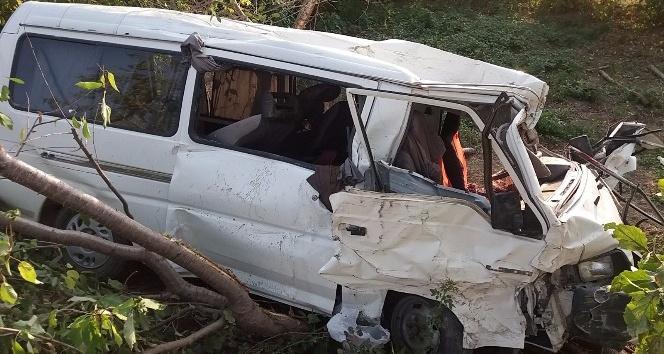 Kastamonu'da araç şarampole devrildi: 1 ölü, 1 yaralı