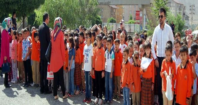 Bitlis'te eğitim öğretim yılı açılışı