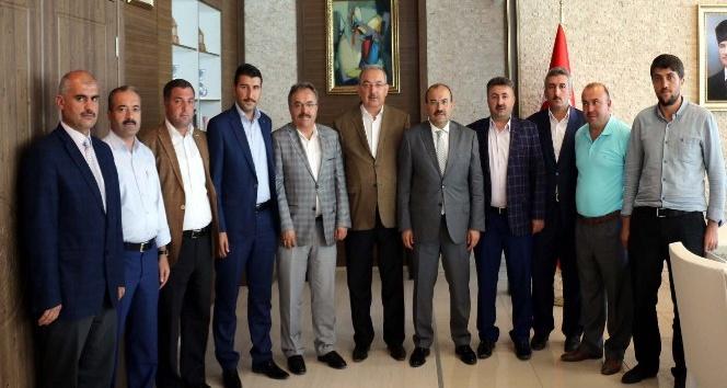 Genel Başkan Bayraktutar'dan Vali Ustaoğlu'na ziyaret