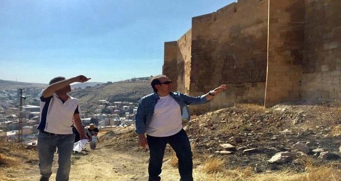 Vali Ali Hamza Pehlivan, Bayburt Kalesi'nde incelemelerde bulundu