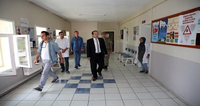 Vali Ali Hamza Pehlivan, Akşar Köyü'nde ziyaret ve incelemelerde bulundu