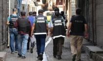 Diyarbakır'da hava destekli şafak operasyonu: 10 gözaltı