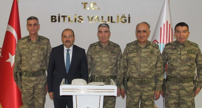 Orgeneral Savaş'tan Vali Ustaoğlu'na ziyaret