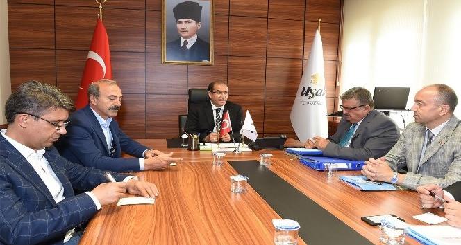 """Vali Demir  """"İlimizin devlet yatırımlarını arttırmak için daha çok proje üretmeliyiz"""""""