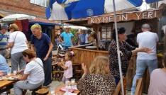 Yukarı mahalle tarihi pazar yeri tatilcilerin uğrak yeri oldu