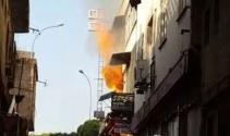Yangın sırasında yaşanan patlamalar böyle görüntülendi