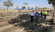 Başkan Çelik, Serbest Bölgeden Anbara kadar olan yoldaki yenileme çalışmalarını inceledi