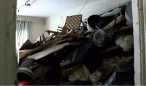 Cihangirde 20 tonluk çöp ev bulundu
