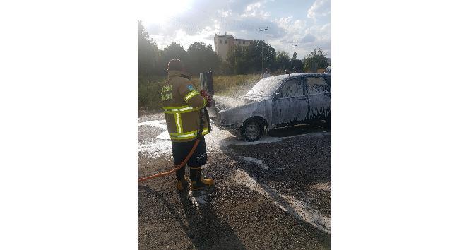 Benzin kaçağı aracı yaktı